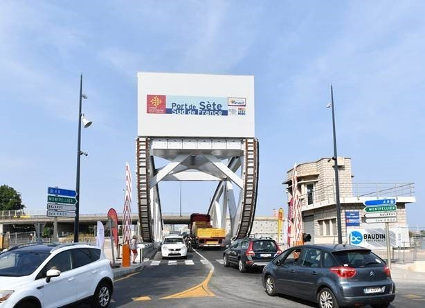 Sadi-Carnot bridge in Sète